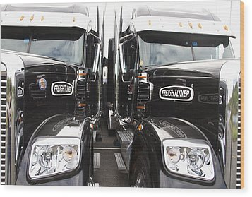 Freightliner Wood Print by Alice Gipson