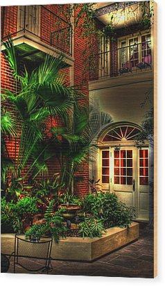French Quarter Courtyard Wood Print by Greg and Chrystal Mimbs
