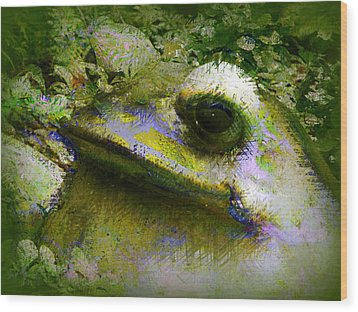 Wood Print featuring the photograph Frog In The Pond by Lori Seaman