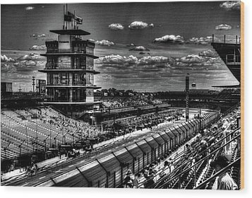 From The Hulman Suites  Wood Print by Josh Williams