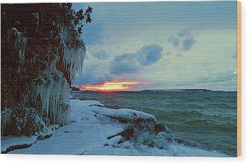 Frozen Sunset In Cape Vincent Wood Print