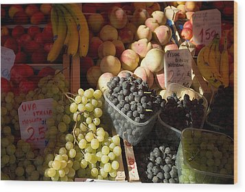 Fruit For Sale At The Rialto Market Wood Print by Todd Gipstein