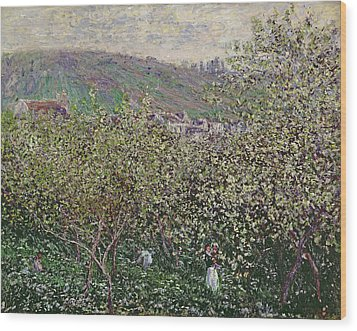 Fruit Pickers Wood Print by Claude Monet