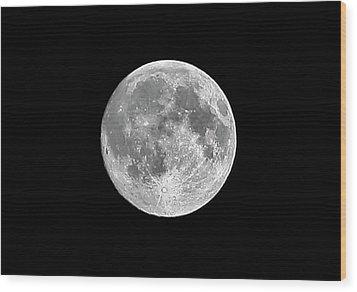 Full Moon Wood Print by Richard Newstead