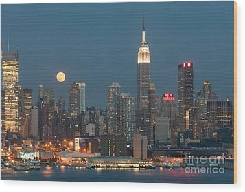 Full Moon Rising Over New York City II Wood Print by Clarence Holmes