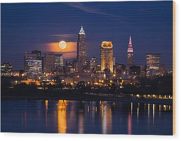 Full Moonrise Over Cleveland Wood Print by Dale Kincaid