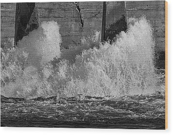 Wood Print featuring the photograph Full Power by Thomas Young