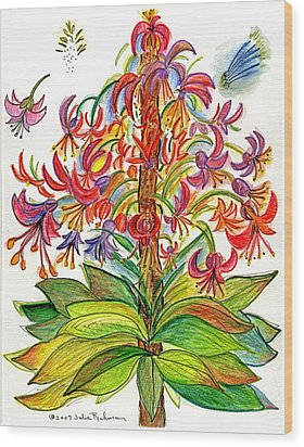 Funny Flowers On Green Plant Wood Print by Julie Richman