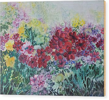 Wood Print featuring the painting Garden With Reds by Joanne Smoley