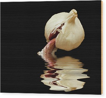 Wood Print featuring the photograph Garlic Cloves Of Garlic by David French