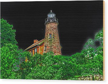 Genesee Lighthouse Wood Print by William Norton