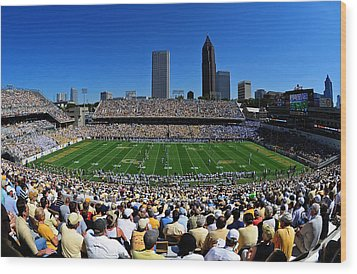 Georgia Tech Bobby Dodd Stadium And Atlanta Skyline  Wood Print by Getty Images