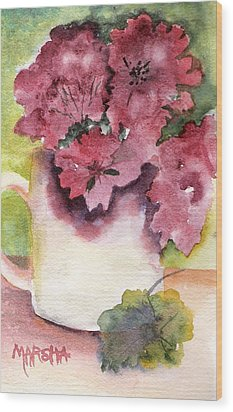 Geraniums In A Cup Wood Print