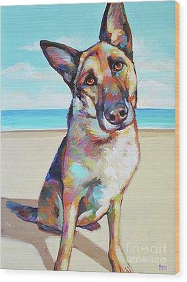 German Shepard On The Beach Wood Print