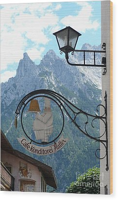 Germany - Cafe Sign Wood Print