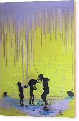 Get Your Feet Wet Wood Print by Robert Wolverton Jr