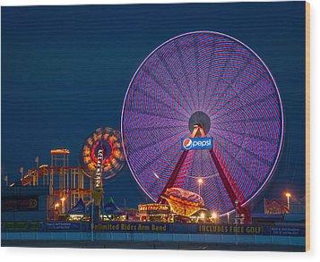 Giant Ferris Wheel Wood Print