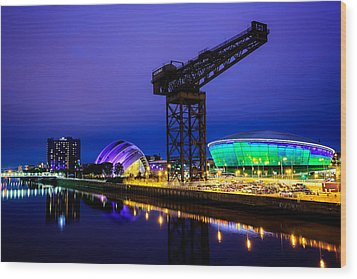 Glasgow At Night Wood Print