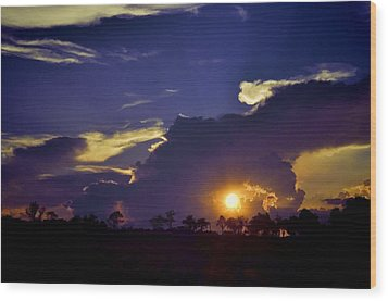 Wood Print featuring the photograph Glorious Days End by Jan Amiss Photography