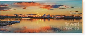 Wood Print featuring the photograph Glorious Evening by Robert Bales
