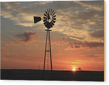 God's Country At Sunrise Wood Print
