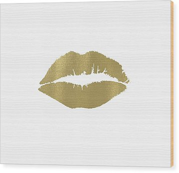 Gold Lips Kiss Wood Print by P S