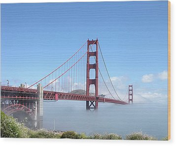 Golden Gate Bridge Wood Print by Helen Haw
