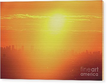 Wood Print featuring the photograph Golden Light by Tatsuya Atarashi