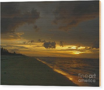 Golden Morning Wood Print by Jeff Breiman