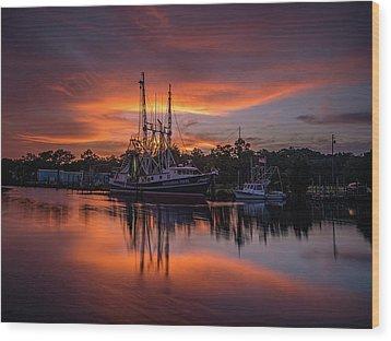 Golden Sunset On The Bayou Wood Print