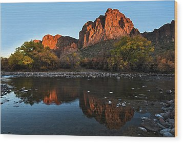 Wood Print featuring the photograph Goldfield Mountains On The Salt River by Dave Dilli