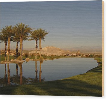 Golfing Oasis Wood Print by Larry Underwood