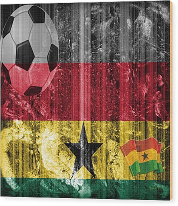 Gollll - Ghana Wood Print by Fania Simon