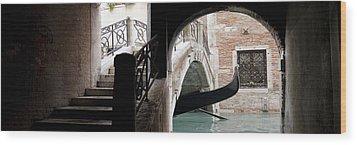 Gondola Da Ivo Wood Print by Marco Missiaja