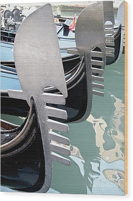 Gondola In Line Wood Print by Heiko Koehrer-Wagner
