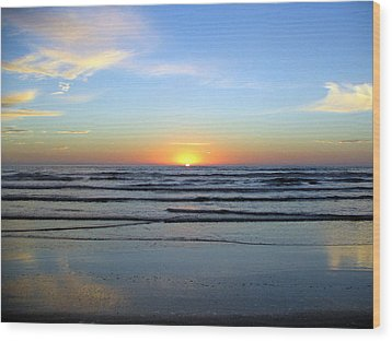 Good Morning Sunshine Wood Print by Evelyn Patrick