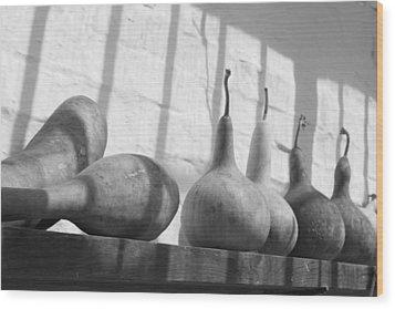Gourds On A Shelf Wood Print by Lauri Novak