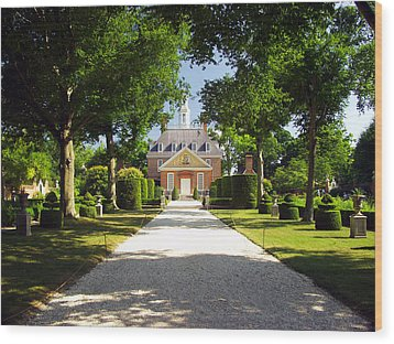 Governors Palace II Wood Print by Mark Currier