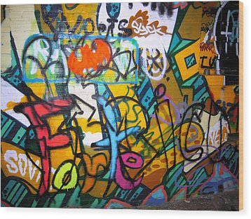 Graffiti In A Baltimore Alley Wood Print by Don Struke