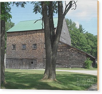 Grammie's Barn Through The Trees Wood Print