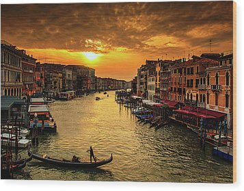 Wood Print featuring the photograph Grand Canal At Sunset by Andrew Soundarajan