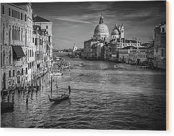 Wood Print featuring the photograph Grand Canal View by Andrew Soundarajan