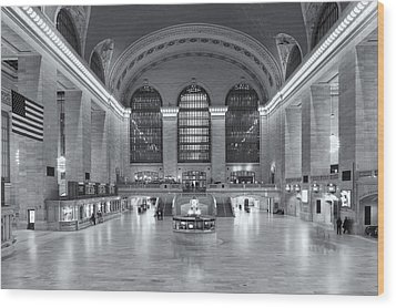 Grand Central Terminal II Wood Print by Clarence Holmes