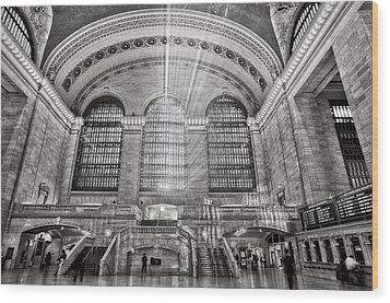 Grand Central Terminal Station Wood Print by Susan Candelario