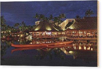 Grand Wailea Maui Wood Print by Pierre Leclerc Photography
