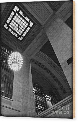 Grandeur At Grand Central Wood Print by James Aiken