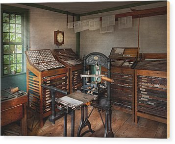 Graphic Artist - The Print Office - 1750  Wood Print by Mike Savad