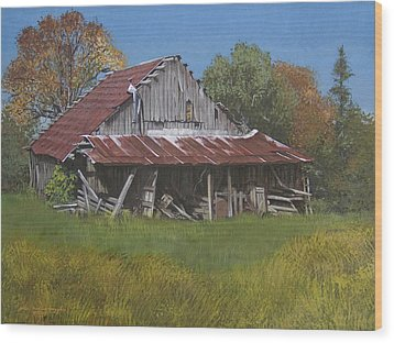 Gray Farm Building Wood Print by Peter Muzyka