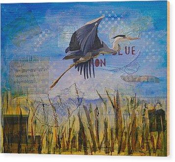 Great Blue Heron Wood Print by Terry Honstead