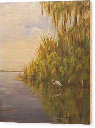 Great Egret On Marsh Wood Print by Beth Maddox